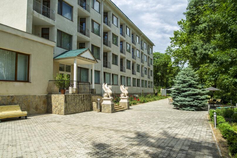 """Гостиничный комплекс """"Мечта Тея"""", переулок Орджоникидзе, 5 на 34 номера - Фотография 1"""