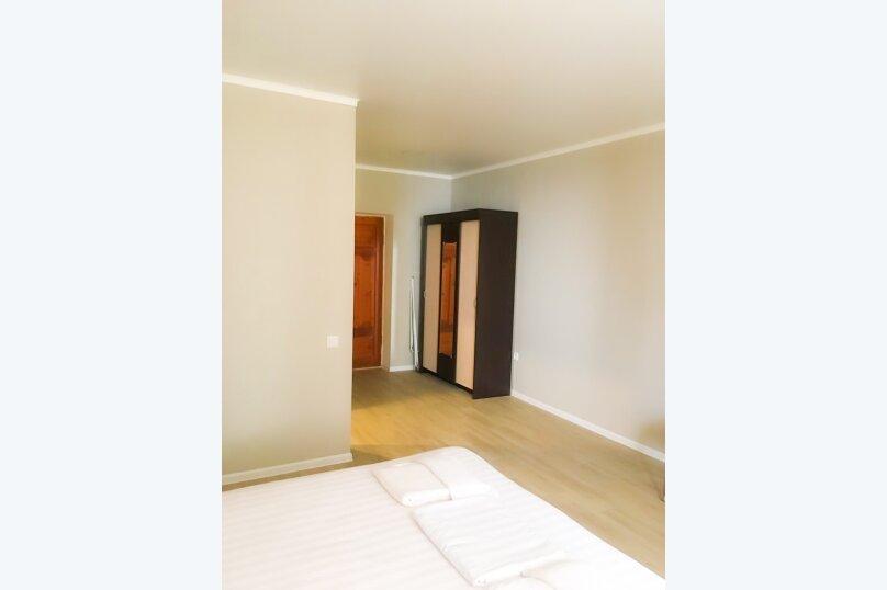 Номер с двумя раздельными кроватями и балконом, видом на море, Курортная улица, 22, Новый Афон - Фотография 2