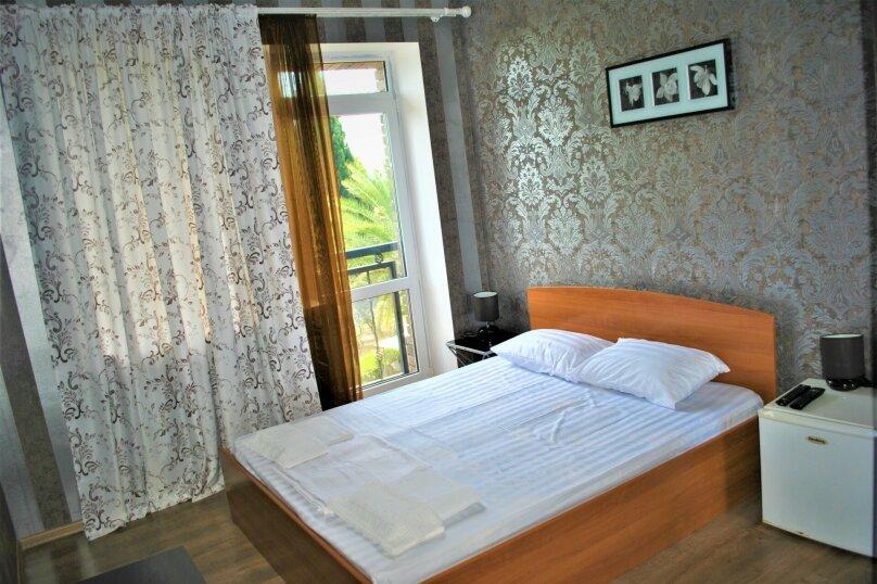 Стандартный номер с двуспальной кроватью, Курортная улица, 22, Новый Афон - Фотография 1