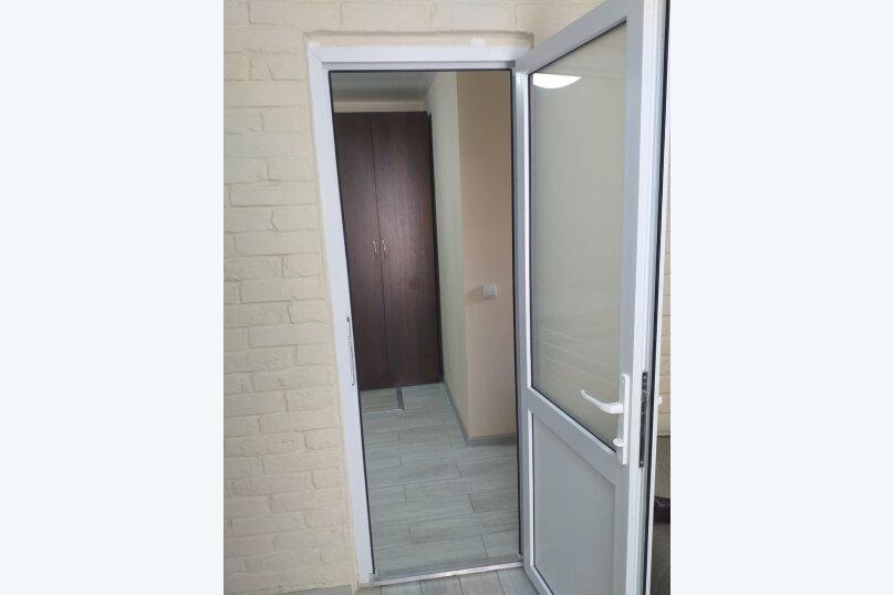 """Гостевой дом """"Аминушка"""", Таманская улица, 326 на 8 комнат - Фотография 22"""