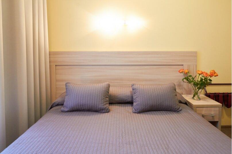 Классическая комната с санузлом, Невский проспект, 88, Санкт-Петербург - Фотография 1