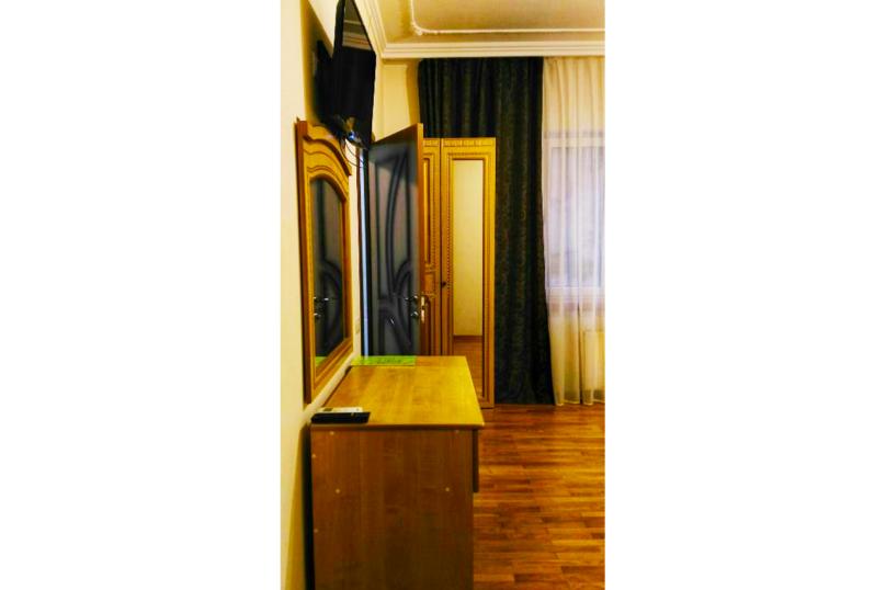 Отель Тепло , Альпийская улица, 16/8 на 12 номеров - Фотография 15