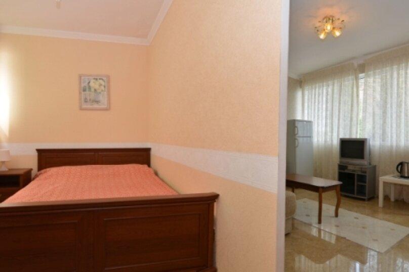 """2-комнатный люкс """"Арабика"""", улица Бедненко, 57, Рыбачье - Фотография 3"""