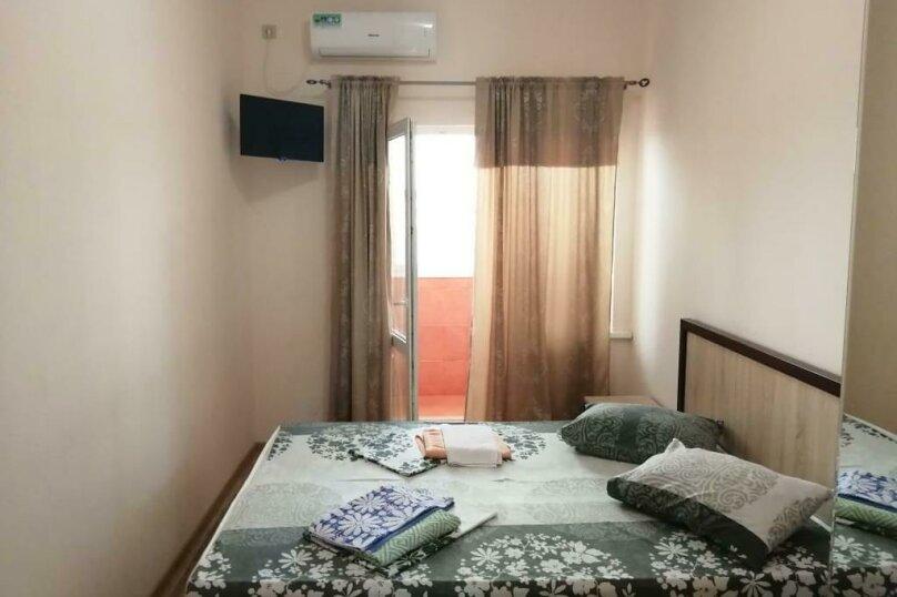 Двухместный номер с 1 кроватью, улица Джонуа, 49, Сухум - Фотография 3