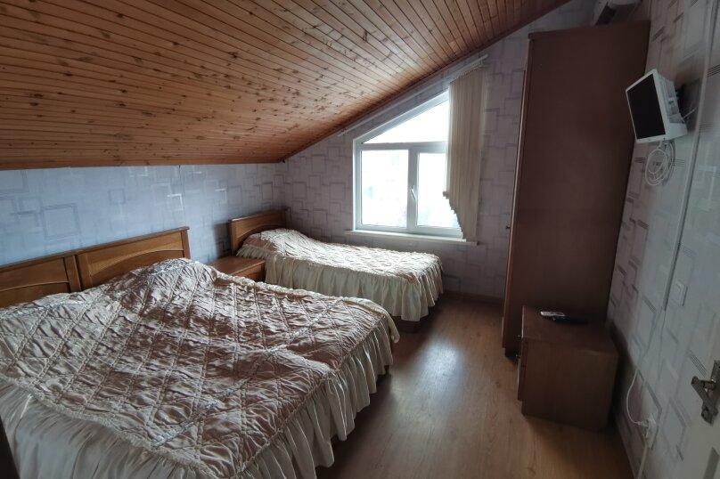"""Гостевой дом """"Курорт"""", Терская улица, 124 на 11 комнат - Фотография 28"""