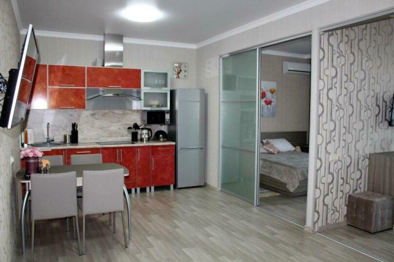 3-комн. квартира, 60 кв.м. на 6 человек, улица Одоевского, 87, Лазаревское - Фотография 1