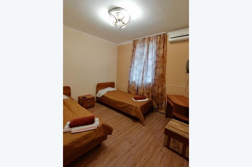 Двухместный номер с 1 кроватью или 2 отдельными кроватями, улица Самбурова, 82, Анапа - Фотография 4