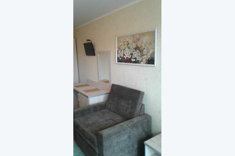 Двухместный: Комната, Стандарт, 2-местный, 1-комнатный, улица Красных Партизан, 68, Геленджик - Фотография 12