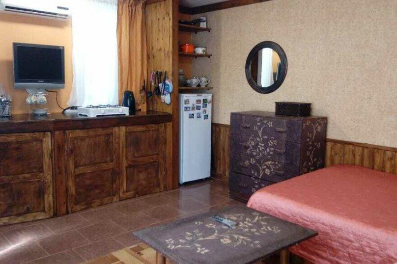 Маленький  4х местный домик , 4-й Шоссейный проезд, 18, Сухум - Фотография 14