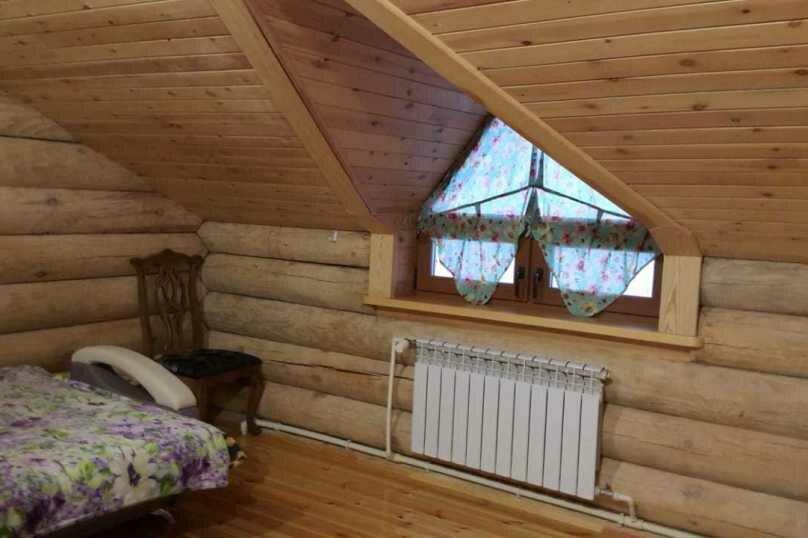 Большая 2-х местная комната, село Нижнекаянча, улица Усть-Уба, 20, Алтайский - Фотография 1