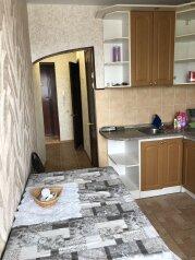 1-комн. квартира, 37 кв.м. на 3 человека, улица Благонравова, 5, Владимир - Фотография 1