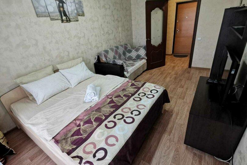1-комн. квартира, 35 кв.м. на 2 человека, улица 8-й Воздушной Армии, 10А, Волгоград - Фотография 1