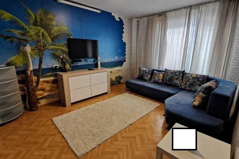 1-комн. квартира, 35 кв.м. на 3 человека, улица 8-й Воздушной Армии, 38, Волгоград - Фотография 1