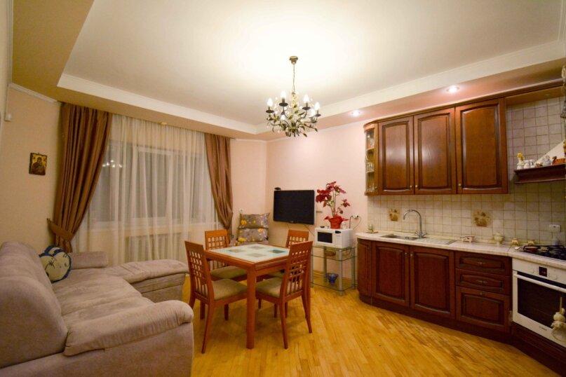 Дом неподалеку от санатория Москва, 300 кв.м. на 16 человек, 6 спален, улица Революции, 51, Кисловодск - Фотография 16