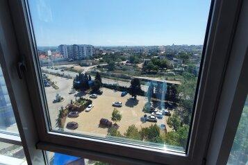 2-комн. квартира, 73 кв.м. на 4 человека, Парковая улица, 11, Севастополь - Фотография 1