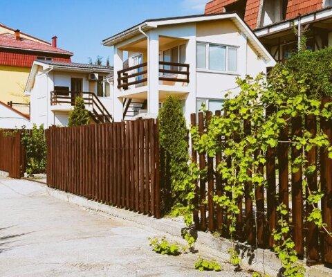 Гостевой дворик, СТ Мираж, ул. Благодатная на 4 номера - Фотография 1