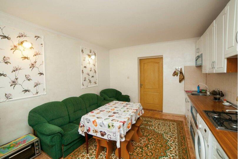 Коттедж для отдыха, второй этаж, 90 кв.м. на 7 человек, 3 спальни, переулок Леонова, 10А, поселок Приморский, Феодосия - Фотография 3