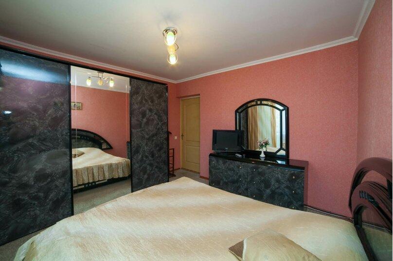 Коттедж для отдыха, второй этаж, 90 кв.м. на 7 человек, 3 спальни, переулок Леонова, 10А, поселок Приморский, Феодосия - Фотография 11