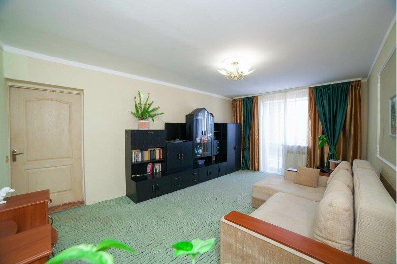 Коттедж для отдыха, второй этаж, 90 кв.м. на 7 человек, 3 спальни, переулок Леонова, 10А, поселок Приморский, Феодосия - Фотография 13