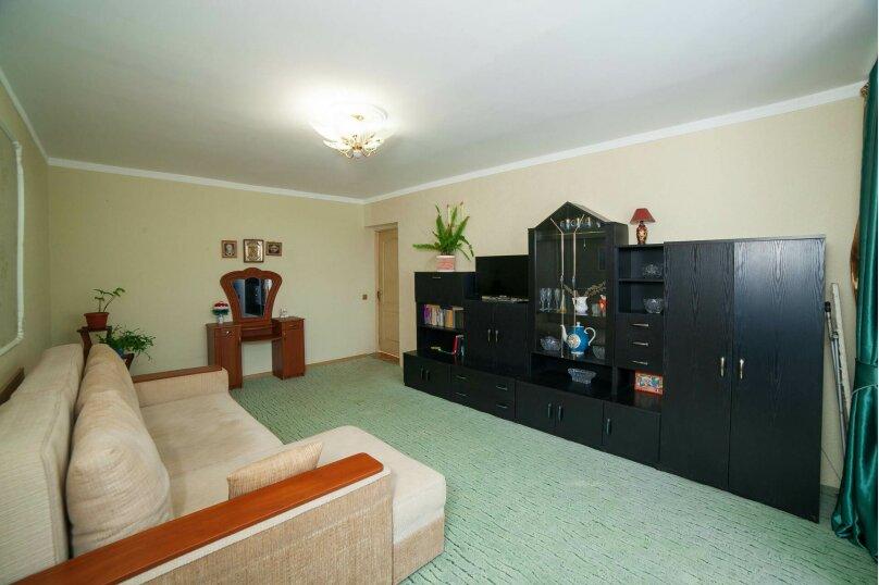 Коттедж для отдыха, второй этаж, 90 кв.м. на 7 человек, 3 спальни, переулок Леонова, 10А, поселок Приморский, Феодосия - Фотография 14