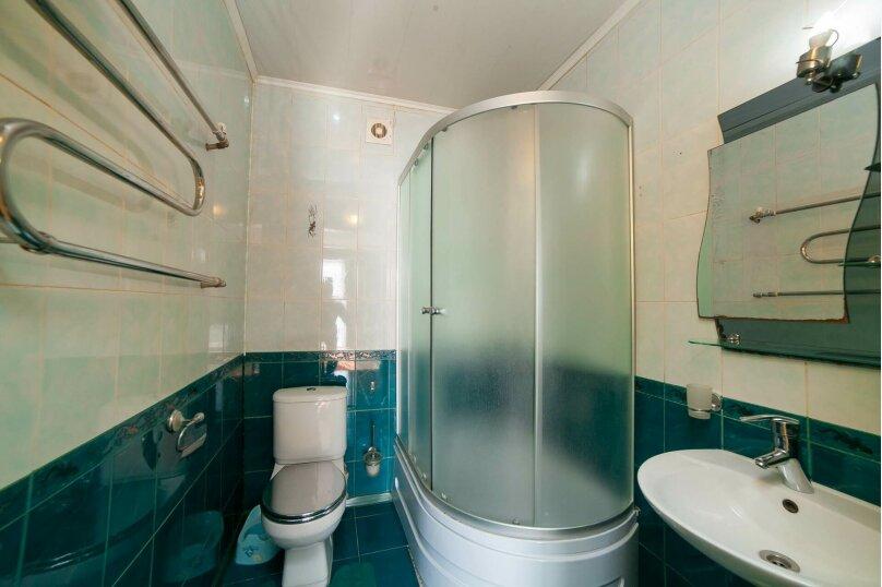 Коттедж для отдыха, второй этаж, 90 кв.м. на 7 человек, 3 спальни, переулок Леонова, 10А, поселок Приморский, Феодосия - Фотография 17