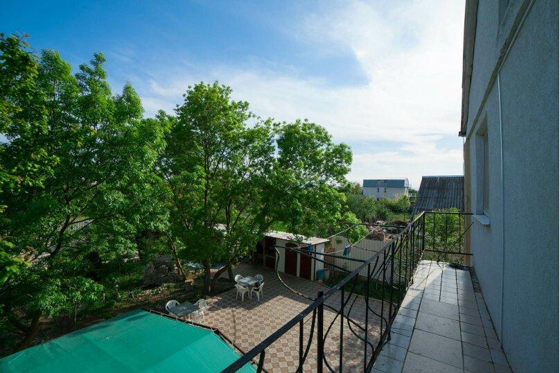 Коттедж для отдыха, второй этаж, 90 кв.м. на 7 человек, 3 спальни, переулок Леонова, 10А, поселок Приморский, Феодосия - Фотография 22