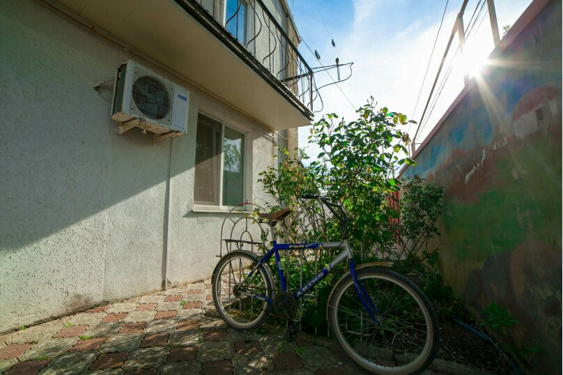 Коттедж для отдыха, второй этаж, 90 кв.м. на 7 человек, 3 спальни, переулок Леонова, 10А, поселок Приморский, Феодосия - Фотография 26