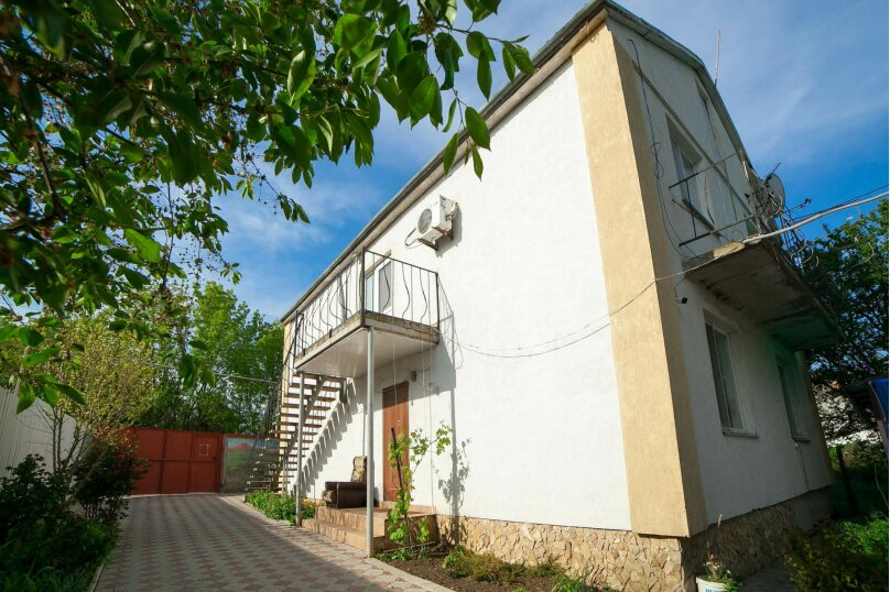 Коттедж для отдыха, второй этаж, 90 кв.м. на 7 человек, 3 спальни, переулок Леонова, 10А, поселок Приморский, Феодосия - Фотография 27