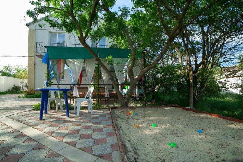 Коттедж для отдыха, второй этаж, 90 кв.м. на 7 человек, 3 спальни, переулок Леонова, 10А, поселок Приморский, Феодосия - Фотография 43