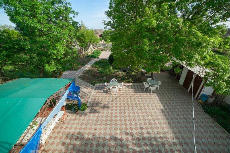 Коттедж для отдыха, второй этаж, 90 кв.м. на 7 человек, 3 спальни, переулок Леонова, 10А, поселок Приморский, Феодосия - Фотография 47