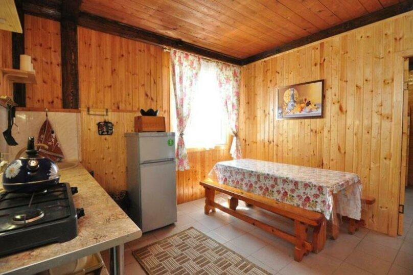 """Гостевой дом """"Эдгар"""", Лазурный переулок, 33 на 7 комнат - Фотография 4"""