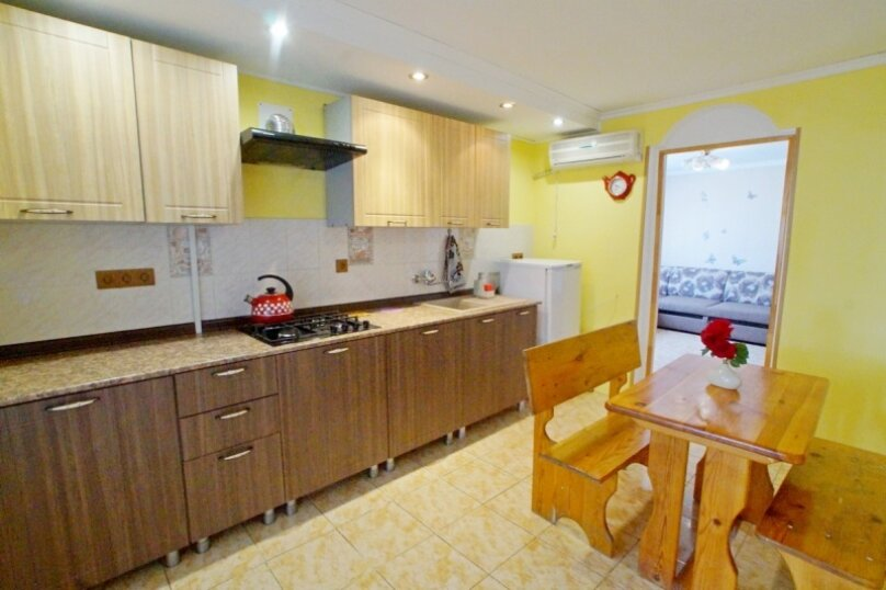 2х-комнатный 4х-местный с кухней, Лазурный переулок, 33, Благовещенская - Фотография 5