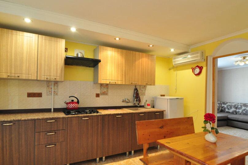2х-комнатный 4х-местный с кухней, Лазурный переулок, 33, Благовещенская - Фотография 10