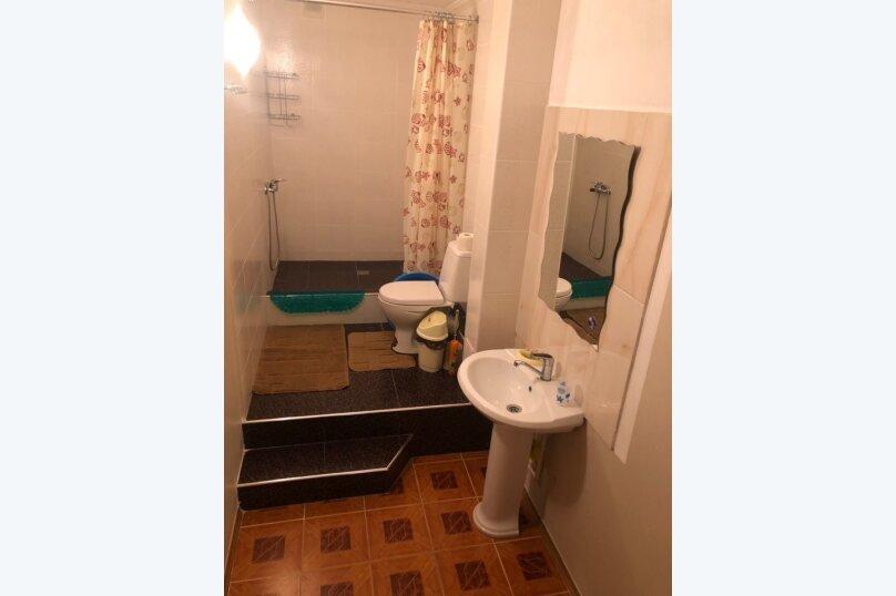 Двухместный номер с двумя раздельными кроватями бордо, улица Самбурова, 42Б, Анапа - Фотография 3