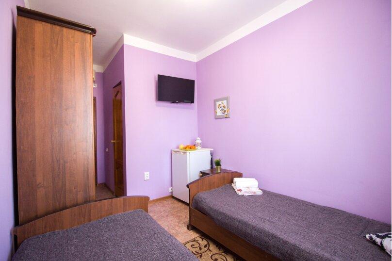 Двухместный номер с 2 отдельными кроватями стандарт, улица Свердлова, 35, Адлер - Фотография 6