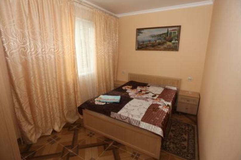 2-х комнатный номер на 5 человек, Ново-Западная улица, 37, ПК Кавказ, Голубицкая - Фотография 1