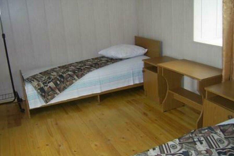 4-х местная комната с общим санузлом, Таманская улица, 135, Благовещенская - Фотография 2