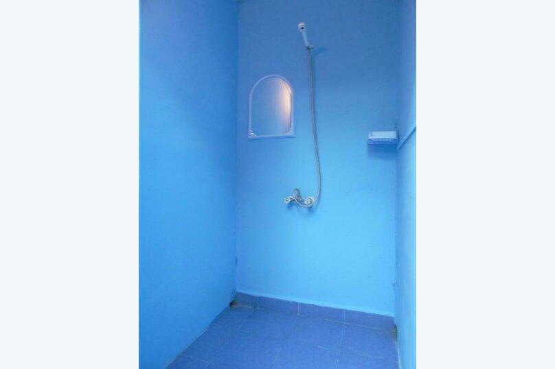 4-х местная комната с общим санузлом, Таманская улица, 135, Благовещенская - Фотография 3