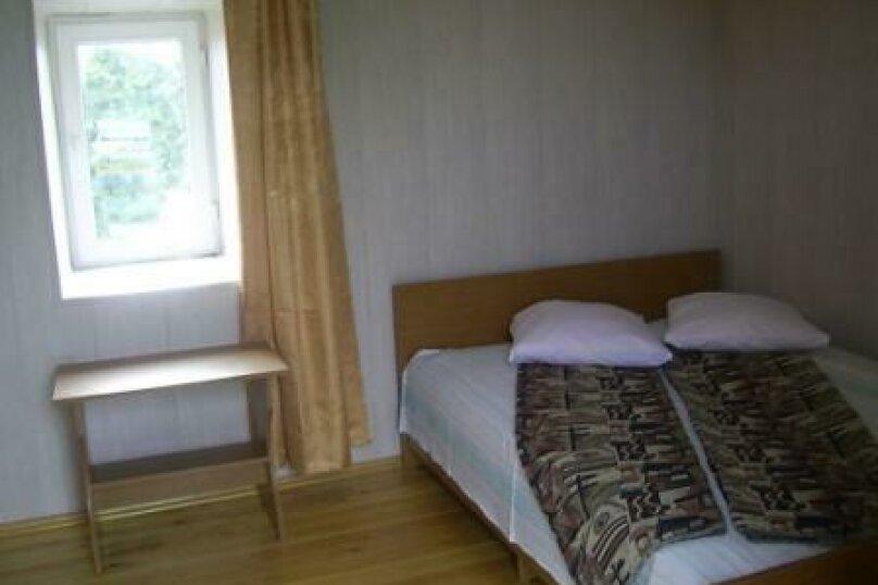 4-х местная комната с общим санузлом, Таманская улица, 135, Благовещенская - Фотография 4