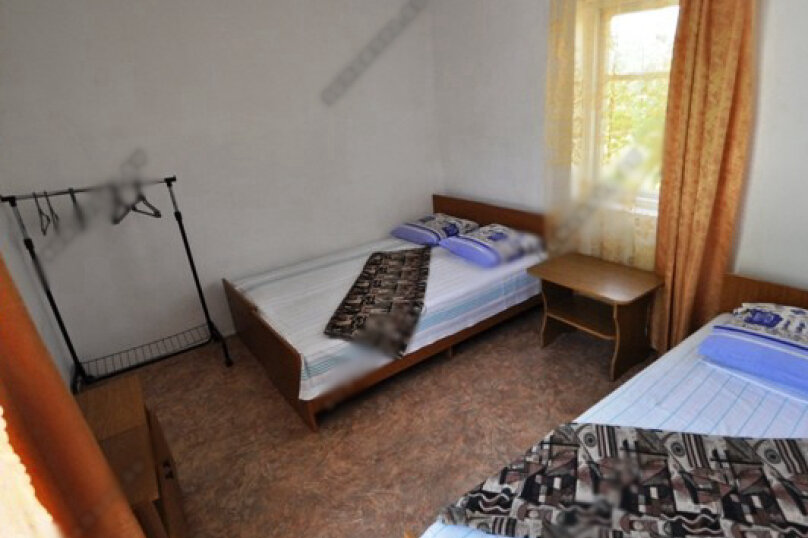 3-х местная комната с общим санузлом, Таманская улица, 135, Благовещенская - Фотография 4