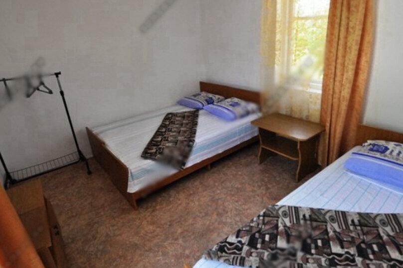 3-х местная комната с общим санузлом, Таманская улица, 135, Благовещенская - Фотография 5