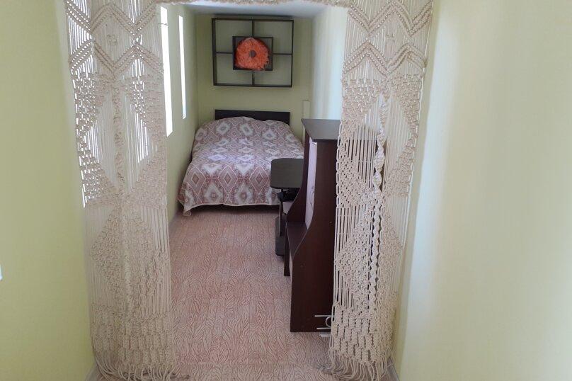 Коттедж, 80 кв.м. на 8 человек, 3 спальни, СТ Родник, 140, Феодосия - Фотография 20