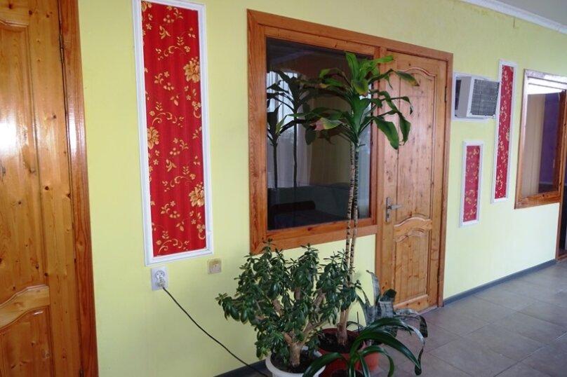 4-х местная комната с удобствами, микрорайон Голубая Бухта, Пограничная улица, 60А, Геленджик - Фотография 5