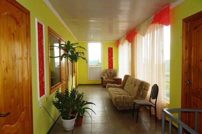 4-х местная комната с удобствами, микрорайон Голубая Бухта, Пограничная улица, 60А, Геленджик - Фотография 6