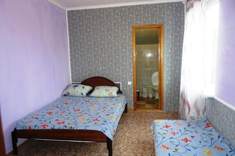 5-ти местная комната с удобствами, микрорайон Голубая Бухта, Пограничная улица, 60А, Геленджик - Фотография 1