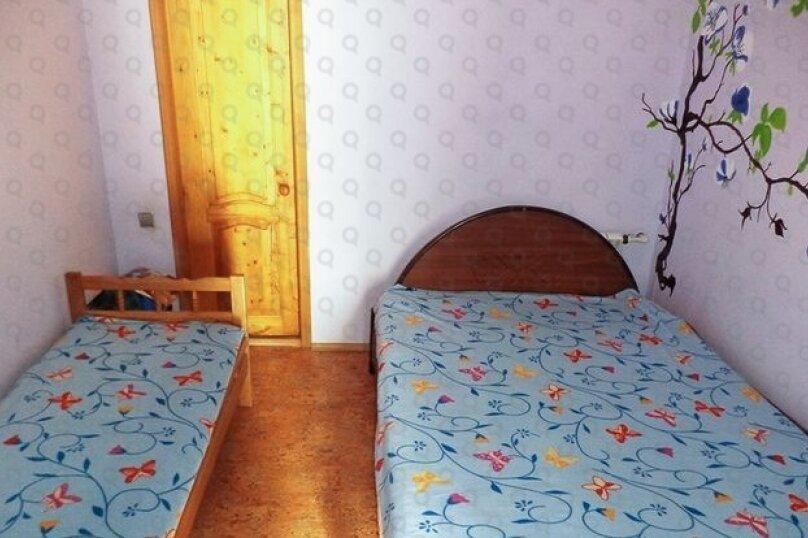 5-ти местная комната с удобствами, микрорайон Голубая Бухта, Пограничная улица, 60А, Геленджик - Фотография 2
