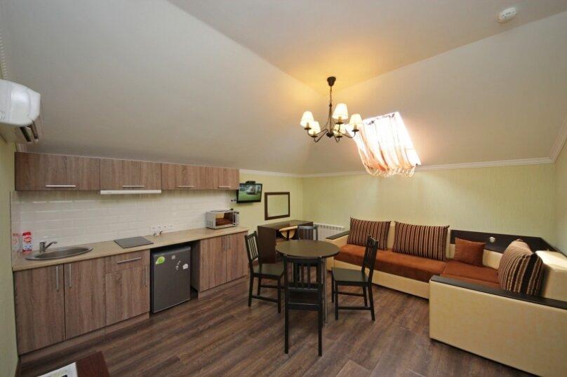 2х комнатный 4х местный с кухней, Приморский переулок, 16, Витязево - Фотография 1