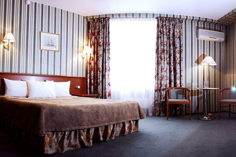Стандартный двухместный номер с 1 кроватью, улица Осипенко, 3, Самара - Фотография 1