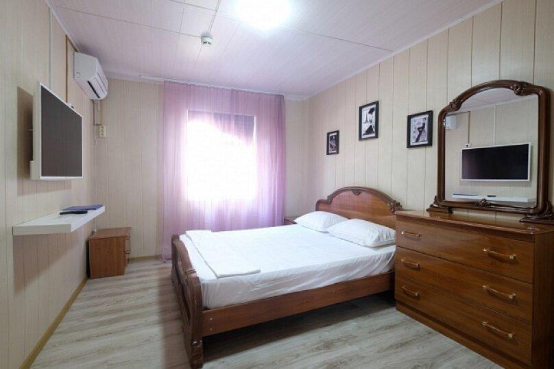 Апартаменты Стандарт 2х местный, бухта Инал, 3-й участок, Инал, Бжид - Фотография 1