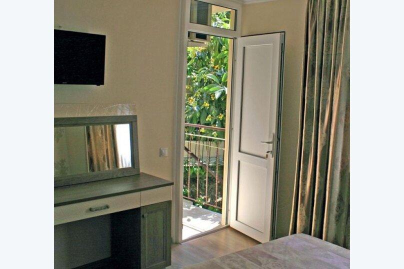Двухместный номер с холодильником. , улица Декабристов, 151, Лоо - Фотография 2